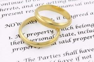 How do I minimize divorce expenses
